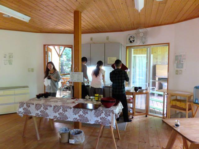 女神山ライフセンター食器洗い